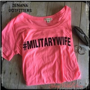 HOT PINK #militarywife Graphic Tshirt